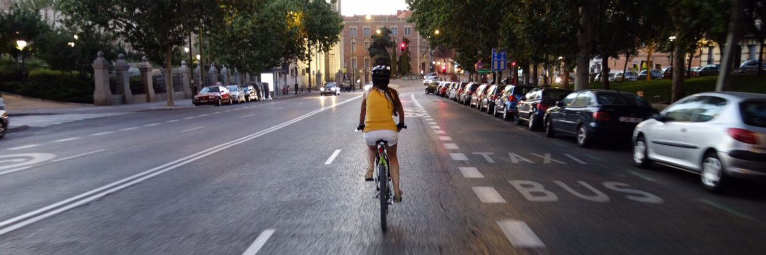 Cyclist in Ciclocarril 30